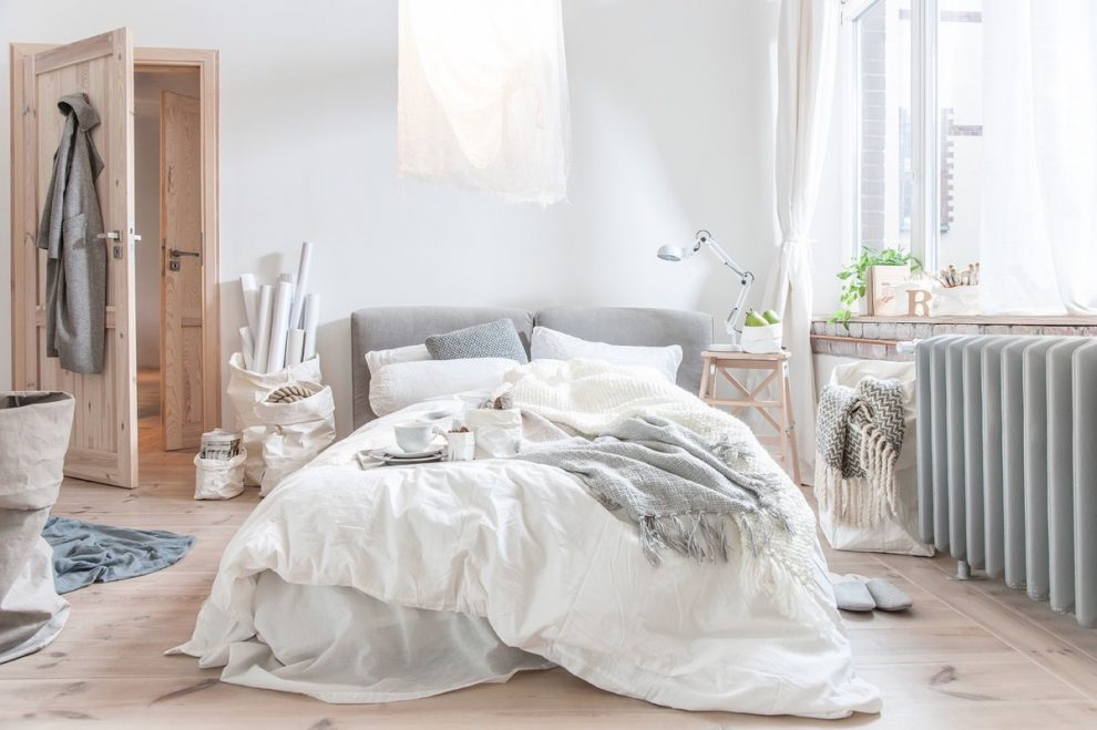 Role of Quality Furniture in Transmuting a Simple Room into Cozy Bedroom